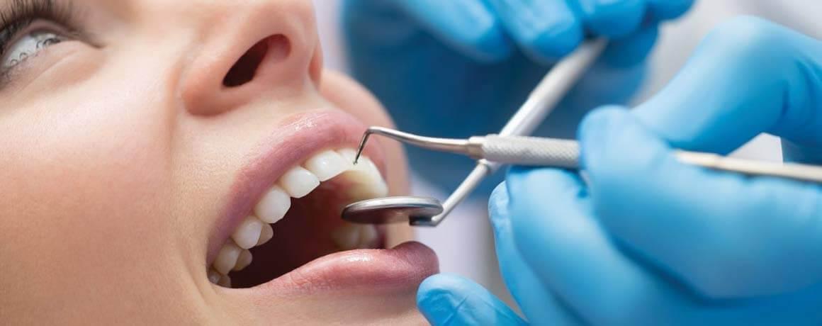 Dentiste et patient à Saint-Jérôme